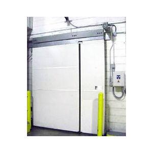 IXP 2600 Single Sliding Cold Storage Door