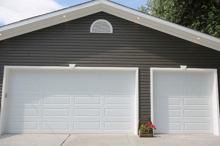Residential Overhead Garage Doors